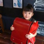 息子のためにパパが副業で作ったバッグ「TEBURAN(てぶらん)」が小学生の間で大ヒット!